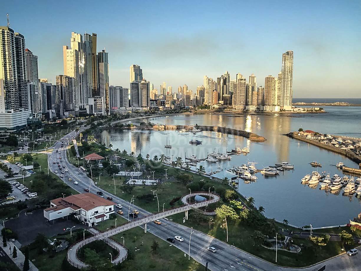 Panama-City-Ave-balboa