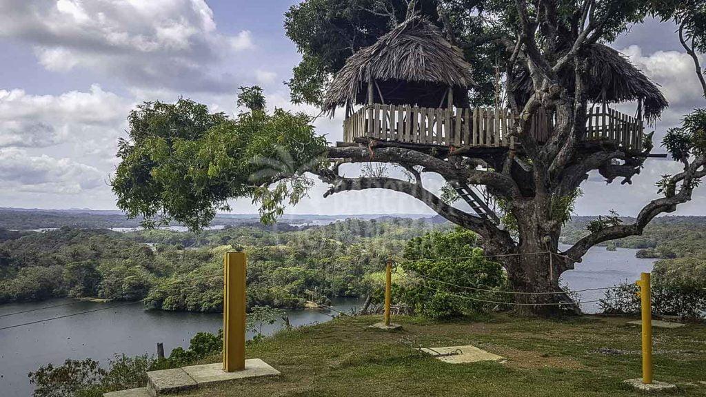 Zipline with view-of-Lake-Gatun