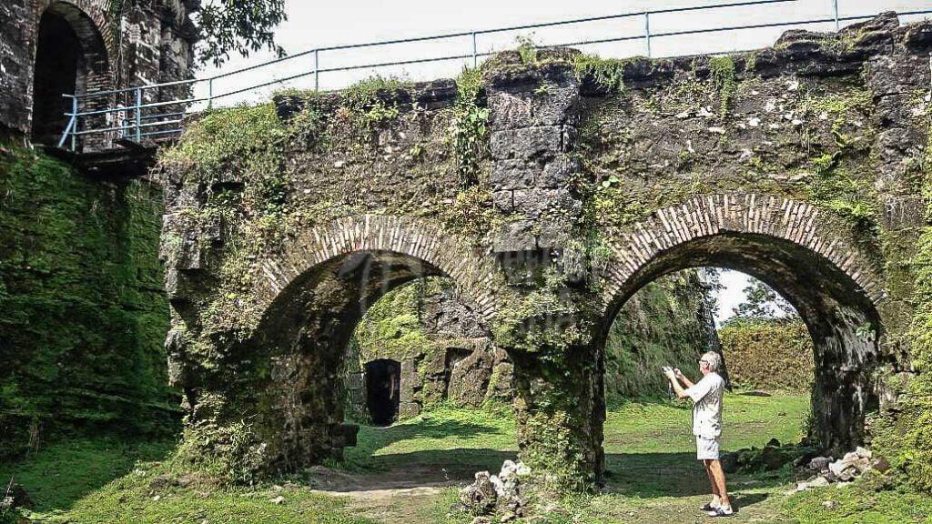 fort-at-colon-panama