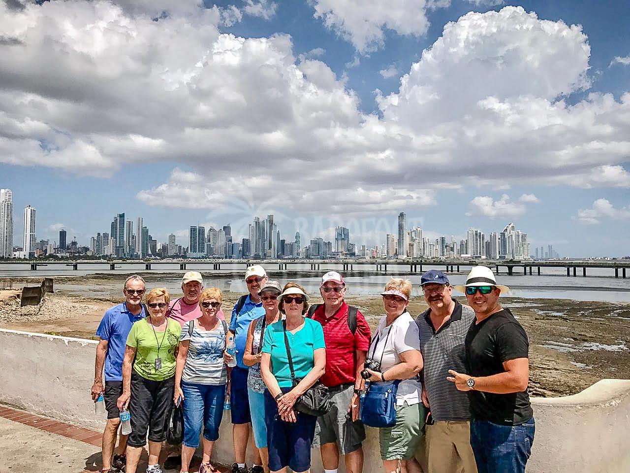 group-on-panama-city-tour