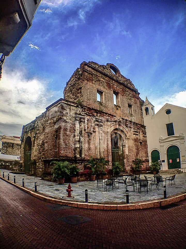 santo-domingo-church-ruins-2