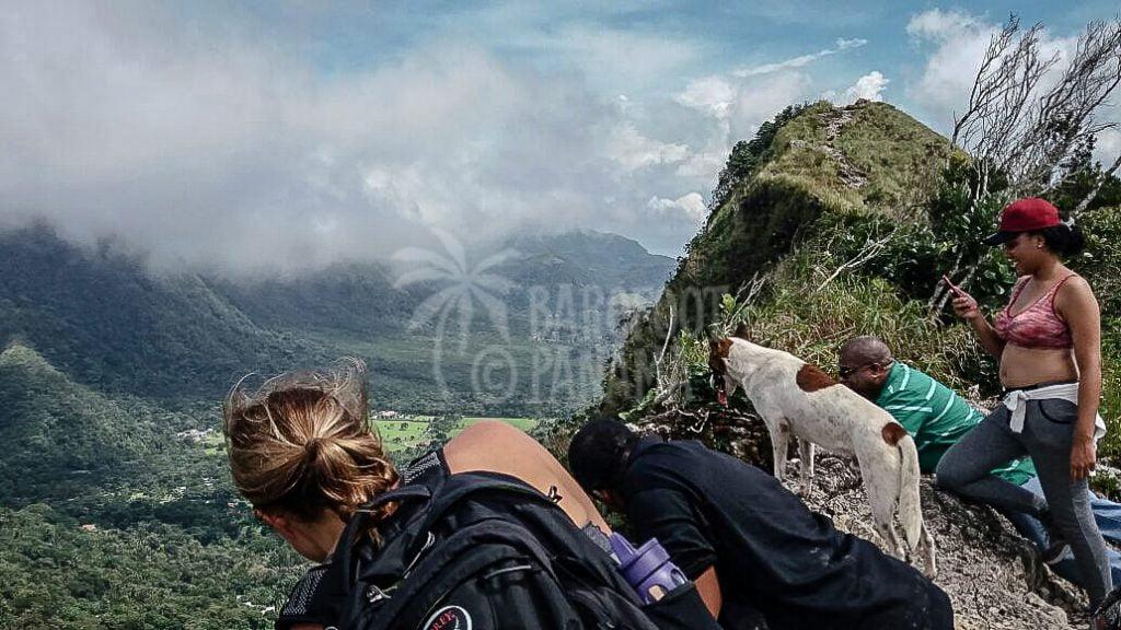 trekking-above-el-valle